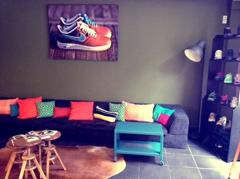 Sneakers Cafe