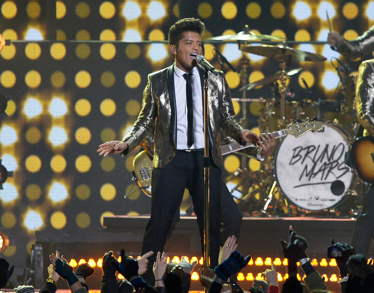 bruno-mars-superbowl-halftime_2